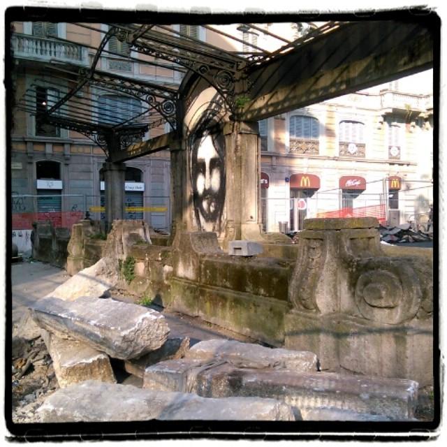 Pensilina del diurno di Porta Venezia in restauro