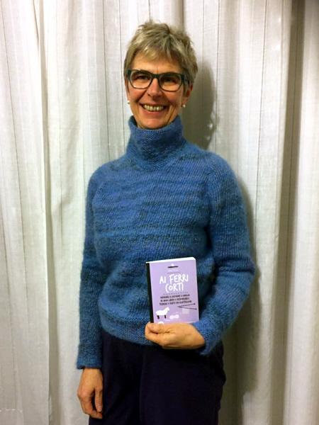 Il maglione realizzato d Francesca Ventura seguendo le istruzioni di Ai ferri corti